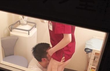 【カムカムぴゅっ!】クンニ責めされる歯科衛生士の深田えいみ#1