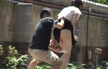 【ゑびすさん/妄想族】突然野外でパンツずり下ろし&水ぶっかけ#5