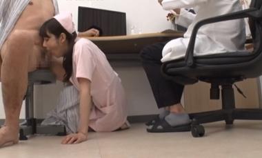 即尺フェラご奉仕する痴女ナースの楓カレン#4