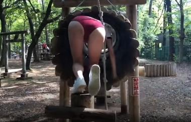 清水公園のアスレチックで羞恥な姿を晒すブルマ(体操着)コスプレをしたグラビアアイドルの緒方咲#2