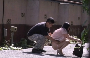 【ゑびすさん/妄想族】突然野外でパンツずり下ろし&水ぶっかけ#12