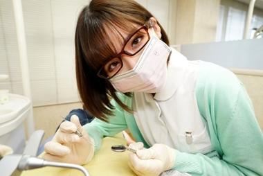 【深田えいみ】VR版の誘惑歯科クリニックをアダルト写真集にしたエロ雑誌!#1