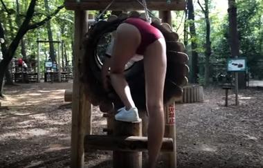 清水公園のアスレチックで羞恥な姿を晒すブルマ(体操着)コスプレをしたグラビアアイドルの緒方咲#1