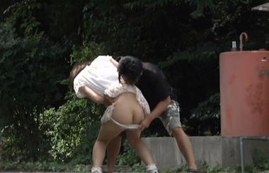 【ゑびすさん/妄想族】突然野外でパンツずり下ろし&水ぶっかけ#11