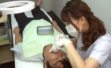 痴女歯科衛生士のゴム手袋手コキ【広瀬結香】#1