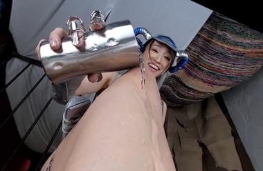 【VR】水責めするビキニアーマー女戦士の蓮実クレア【コスプレ】