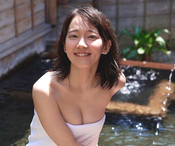 【画像】吉岡里帆ちゃんの、バスタオル一枚グラビアがエッチすぎるw?w?w?w?w