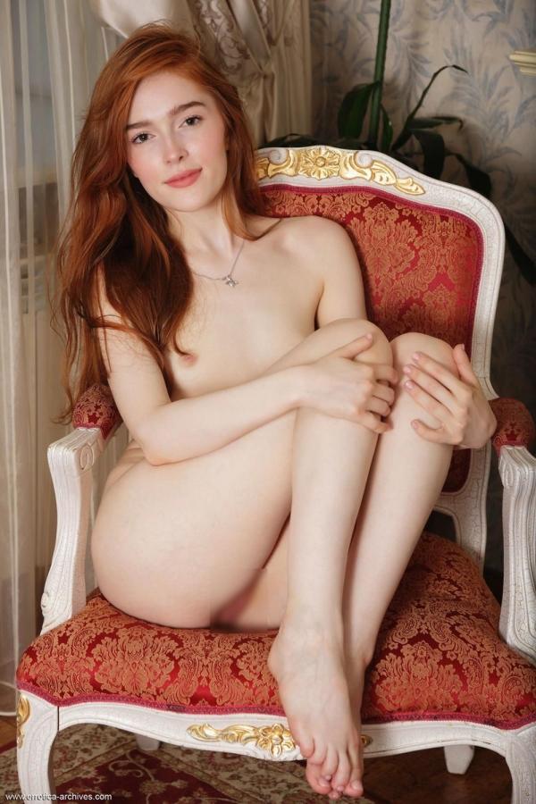 Jia Lissa(ジア・リサ)ロシアのちっぱい美女ヌード画像37枚のb12枚目
