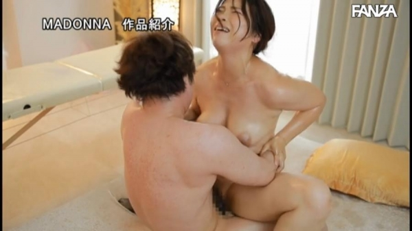 北川真由香 36歳 全身性感帯の豊満ボディでイキ狂ってしまう。画像78枚のb48枚目