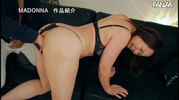 北川真由香 36歳 全身性感帯の豊満ボディでイキ狂ってしまう。画像78枚のb54枚目