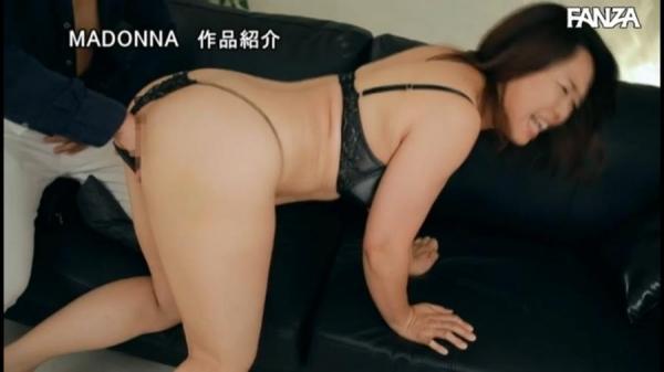 北川真由香 36歳 全身性感帯の豊満ボディでイキ狂ってしまう。画像78枚のb55枚目