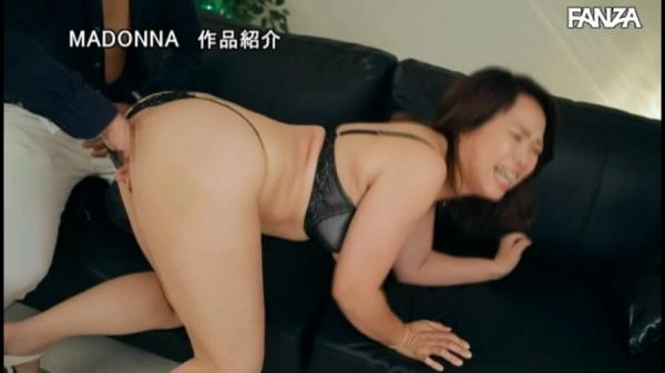 北川真由香 36歳 全身性感帯の豊満ボディでイキ狂ってしまう。画像78枚のb56枚目