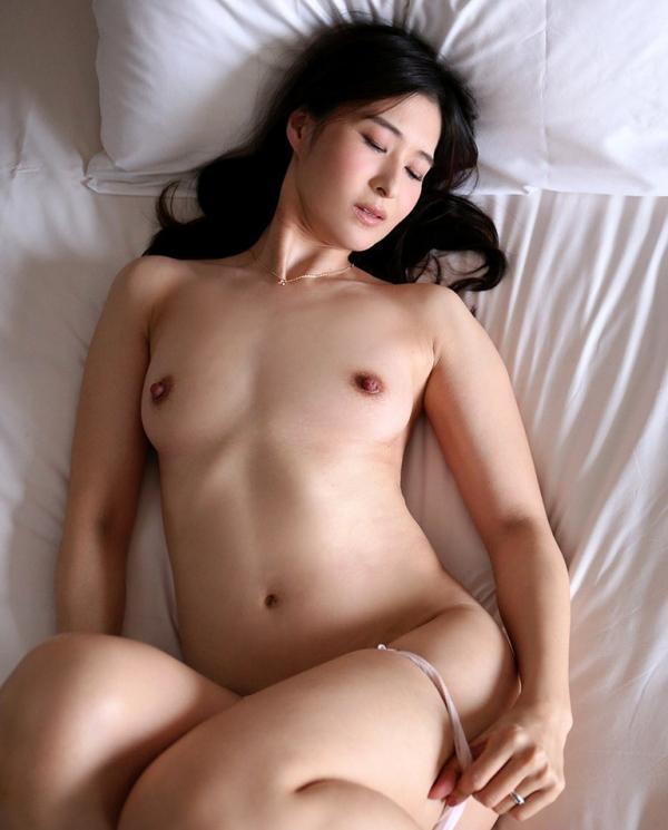 北川礼子 46歳 人妻の花びらめくり【画像】23枚の10枚目