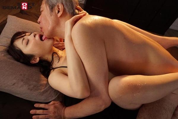 希代あみ(きたいあみ)本気汁ダダ漏れなスレンダー巨乳美女画像40枚のb11枚目