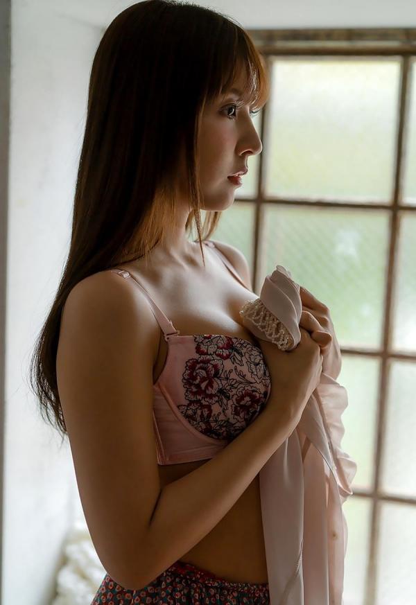 三上悠亜の人生で一番ヤヴァ過ぎるSEX映像 画像60枚のb05枚目