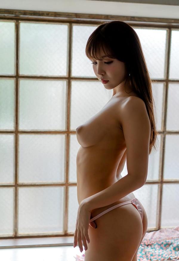 三上悠亜の人生で一番ヤヴァ過ぎるSEX映像 画像60枚のb22枚目