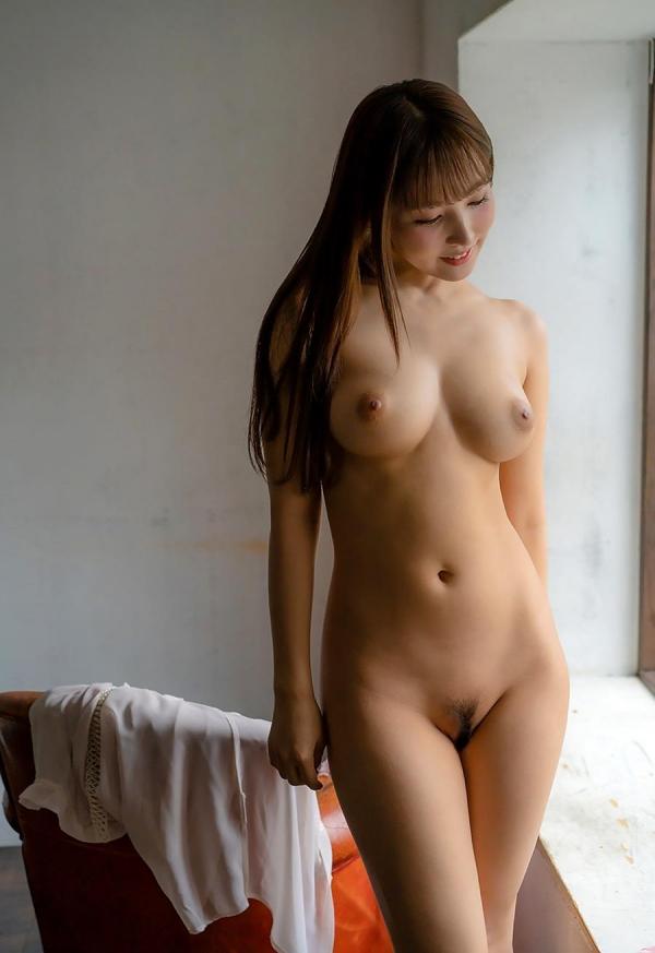 三上悠亜の人生で一番ヤヴァ過ぎるSEX映像 画像60枚のb28枚目