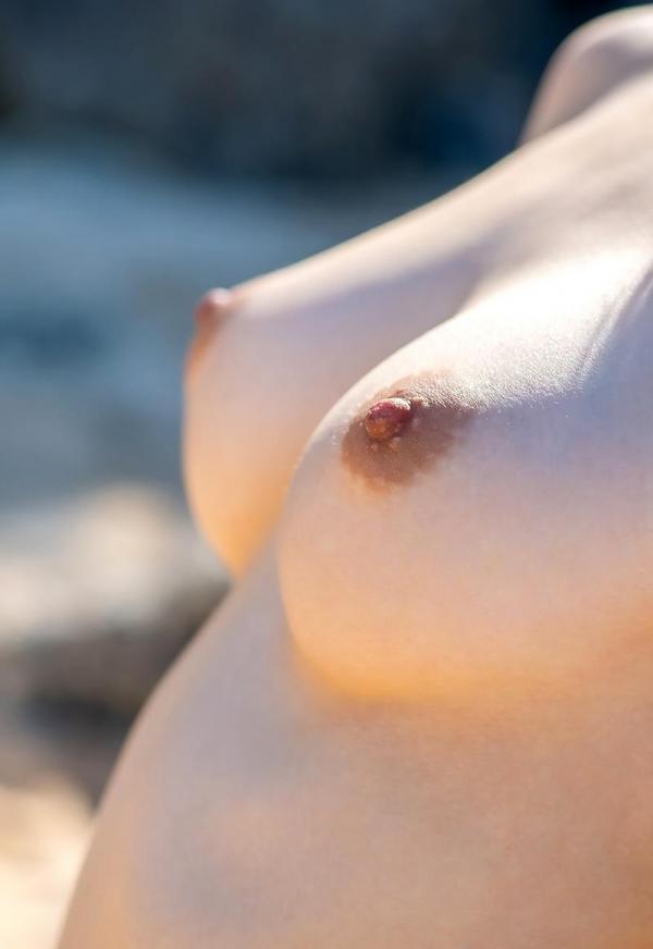 おっぱい画像 微乳から爆乳まで色々な乳房を集めた70枚の57枚目