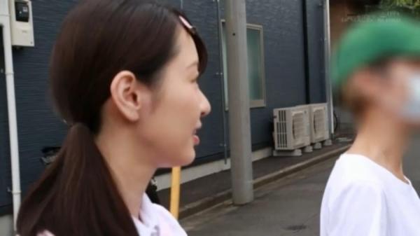 坂井千晴 29歳 美人介護士さん、ガン突きされてイクイクイク連発してしまう。画像62枚のb39枚目