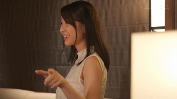 坂井千晴 29歳 美人介護士さん、ガン突きされてイクイクイク連発してしまう。画像62枚のb41枚目