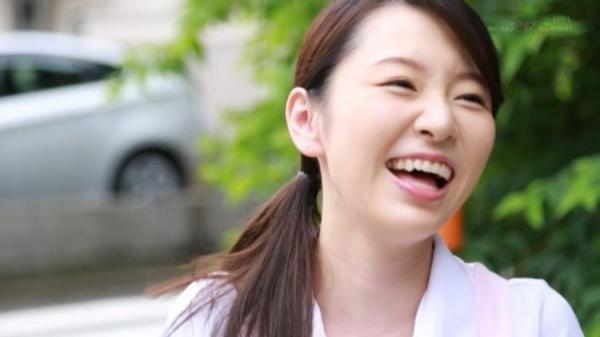 坂井千晴 29歳 美人介護士さん、ガン突きされてイクイクイク連発してしまう。画像62枚のb44枚目