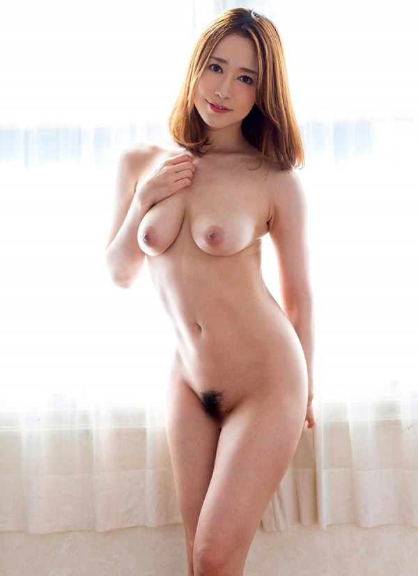 篠田ゆうさん「スナックゆう」のママになってしまう。画像41枚のb10枚目