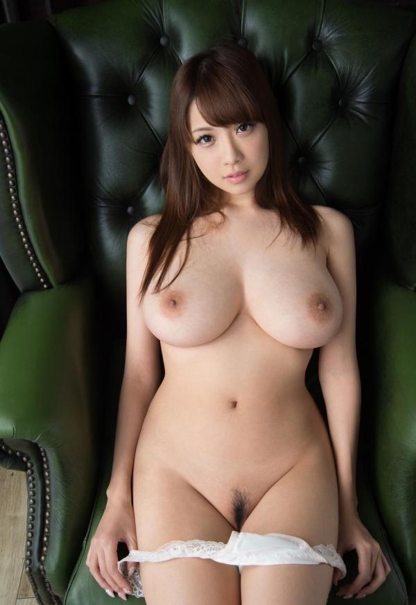たわわな巨乳や爆乳のAV女優9人のヌード画像80枚の44枚目