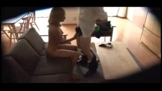 自宅にて、美人な巨乳のギャル人妻、AIKAのフェラ中出し寝取られ無料エロ動画。【AIKA動画】
