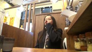 貧乳でロリのJK女子校生の、中出し無料H動画!【JK、女子校生動画】