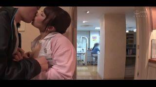 【痴女】巨乳の痴女歯科衛生士の、フェラ誘惑手コキプレイエロ動画!【エロ動画】