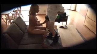 自宅にて、巨乳の黒ギャル人妻、AIKAの寝取られ中出しセックス無料動画。【不倫動画】