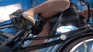 マジックミラー号にて、巨乳の人妻素人の、潮吹きアクメバイブ無料エロ動画!【人妻、素人動画】