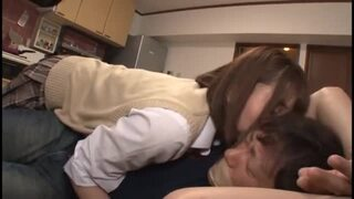 【童貞】巨乳のJK女子校生の、中出し筆おろし近親相姦無料H動画!【JK、女子校生、妹動画】
