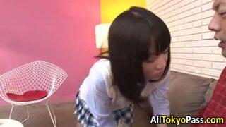 制服姿の、篠宮ゆりの過激騎乗位パンチラ無料エロ動画。【中出し、近親相姦動画】
