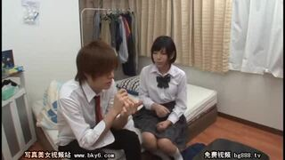 【童貞】美乳のJK女子校生の、キスフェラ羞恥プレイエロ動画。