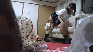 【JK】スケベスレンダーでHなロリのJK美少女の、昇天クンニプレイがエロい!【エロ動画】