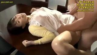 巨乳の人妻若妻、葵つかさのマッサージローション寝取られエロ動画!【絶頂、媚薬、着エロ、クンニ、痙攣動画】