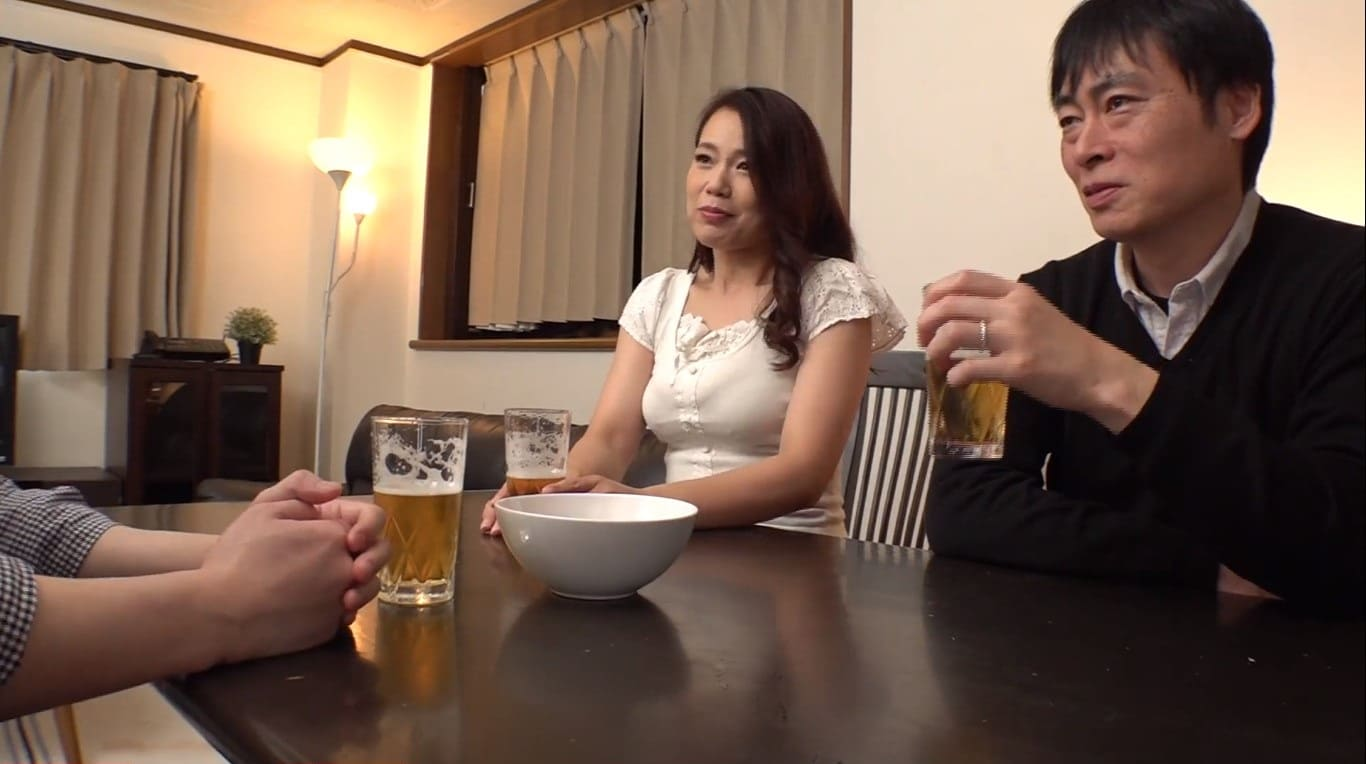 里崎愛佳の矯正下着姿に勃起