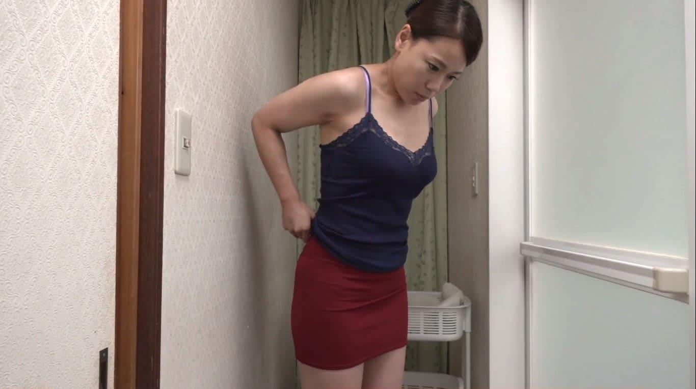 風呂場で欲求不満解消のオナニーをする里崎愛佳