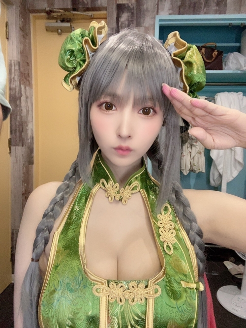 日本一のSEXコスプレイヤー 三上悠亜 14