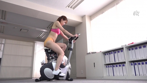 アクメバイクNTR 美谷朱里 15