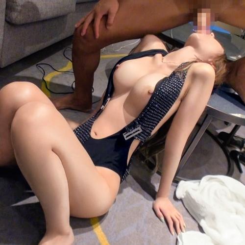 でっけ~乳にでっけ~尻!スタイル良すぎる美女とイキっぱなし3連発中出しSEX動画『ギャルしべ長者33人目 れいか 22歳 超アイリスト(夏希まろん)』