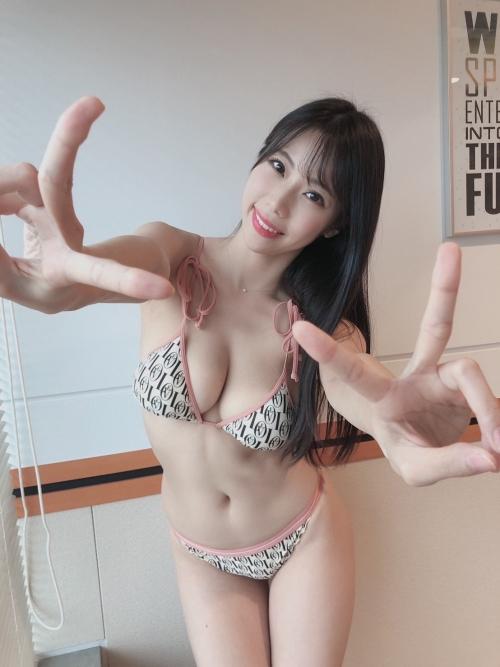 鈴木ふみ奈 26