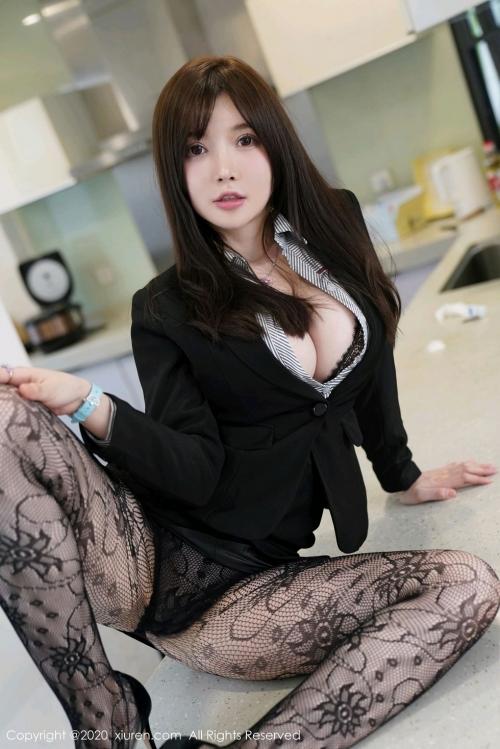男が妄想する「えっちな秘書」XiuRen 糯美子Mini  60