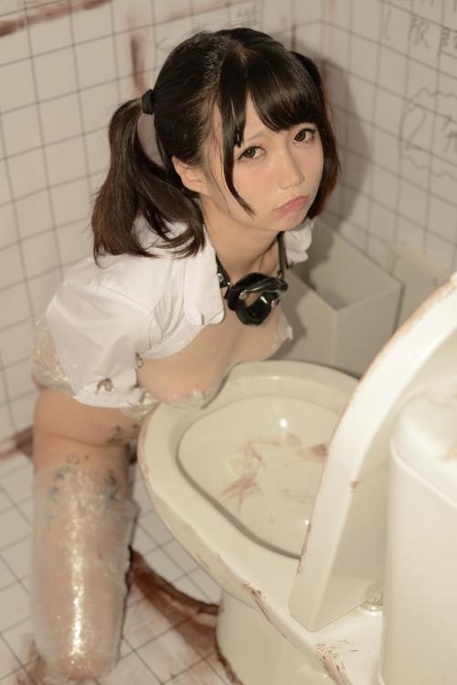 Nagisa魔物喵 公衆トイレでの性処理肉便器 28