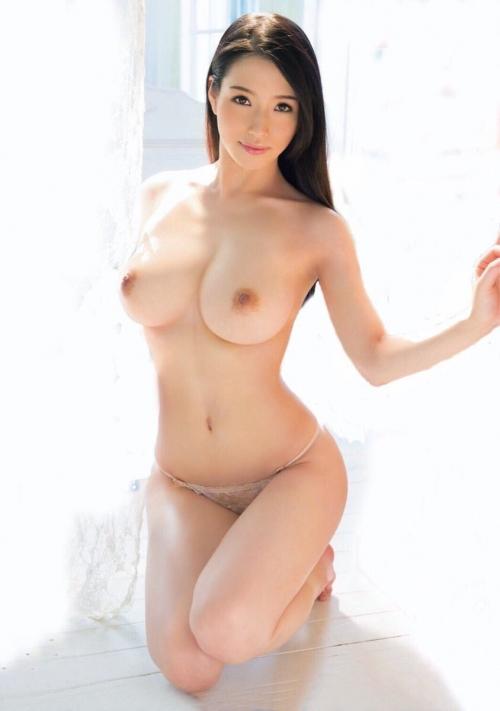 AV女優さんの癒しのおっぱい エロ画像 10