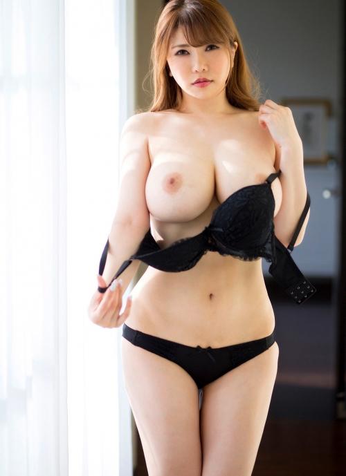 AV女優さんの癒しのおっぱい エロ画像 15