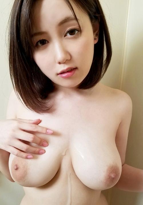 AV女優 舐めて吸いたくなるエロい乳首のおっぱい 01