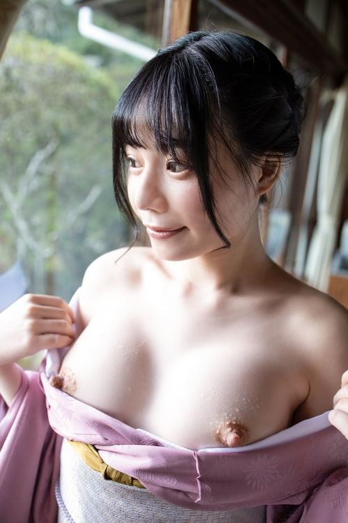 AV女優 舐めて吸いたくなるエロい乳首のおっぱい 10