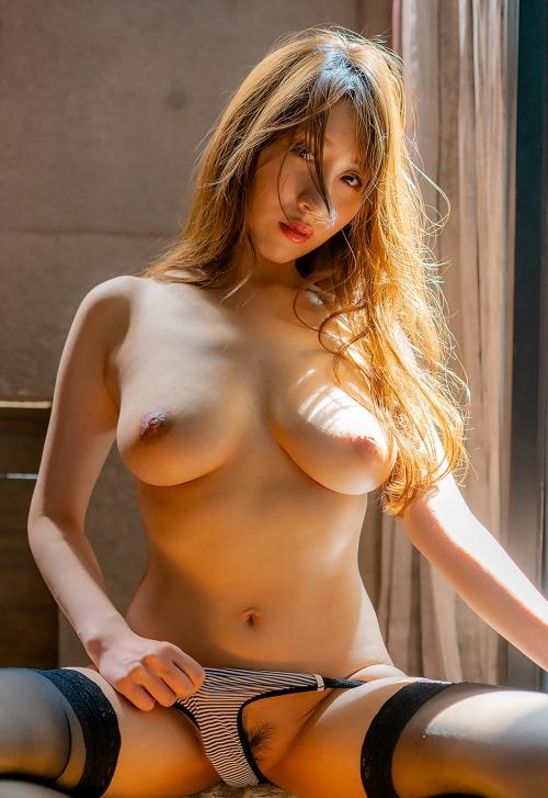 AV女優 エロい乳首のおっぱい エロ画像 22